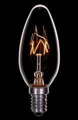 Glühlampe, Kerzenformig auf Schwarz