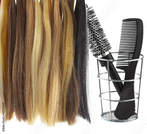 peigne, brosse,mèches cheveux pour extensions