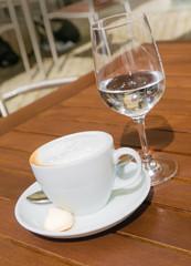 Kaffeepause, Cappuccino, Getränke, Biergarten