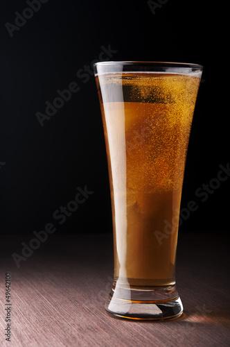 szklo-z-piwem