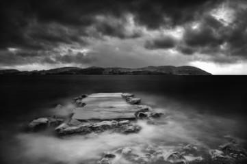 Molo con tempesta