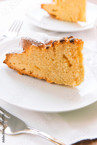 Yoghurt cake with chocolate drops