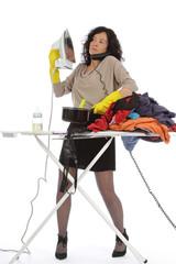 ménagère débordée par multitude de tâches