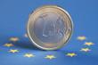 1 Euro und Europa Flagge