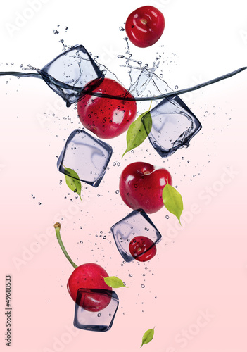Foto op Canvas In het ijs Fresh cherries with ice cubes