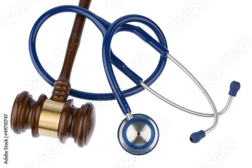 Richterhammer und Stethoskop