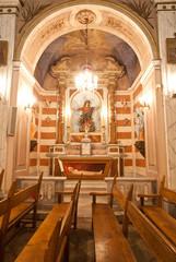 interieur d'église corse (saint joseph à Bastia)