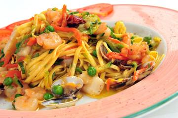 italienische Tagliolini - Spaghetti - Pasta