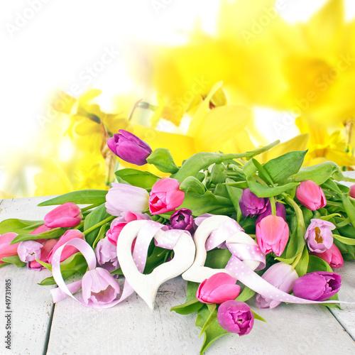Blumengruß: Glückwunsch zum Geburtstag
