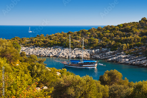 Plexiglas Schip Ship in harbor at Turkey
