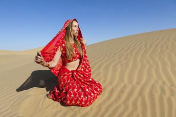 Woman wearing a sari, Thar Desert, Rajasthan.