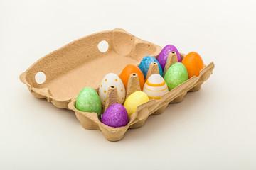 Bunte Ostereier / Eier verpackt