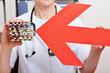 Roter Pfeil warnt vor vielen Medikamenten