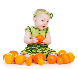 baby  girl with fruits