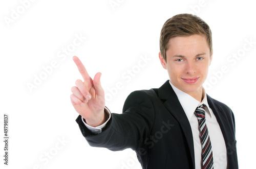 kaufmann deutet mit dem finger