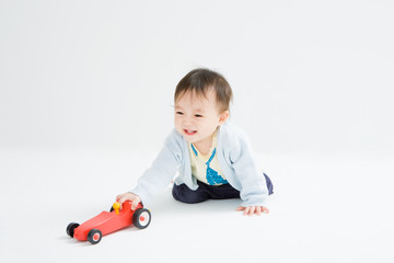 baby and car