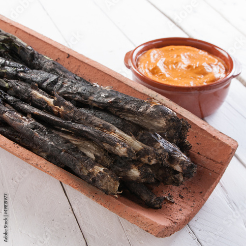 Traditional roasted calsots