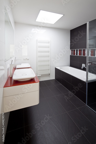 new large luxury modern bathroom