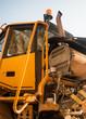 motore bulldozer a riposo in cava