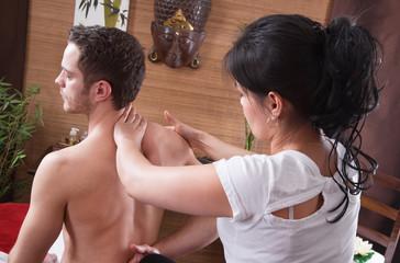 TTM - Traditionelle Thai-Massage - Asiatische Massage