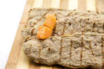 Steak mit Karotte