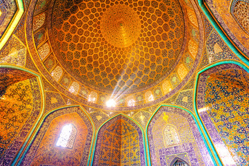 Sheikh Lotf Allah Mosque in Naghsh-i Jahan Square, Iran.
