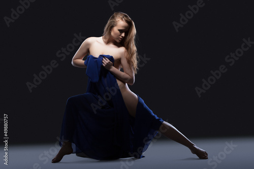 Fototapeten,tanzenfeiern,studio,attraktiv,frau