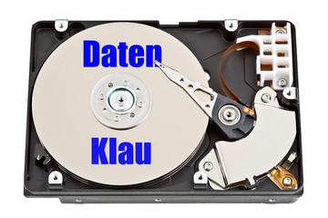 Festplatte mit Aufschrift - Datenklau - Datenverlust