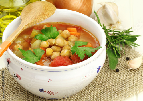 Vegetarian chickpea soup