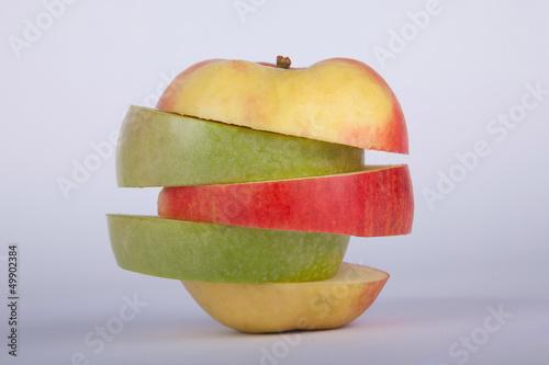 Apfel geschnitten aufgestapelt