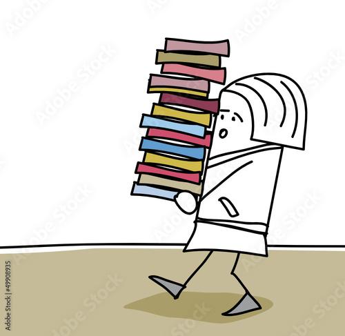 Personnage qui porte des livres