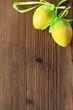Ostereier auf Holz