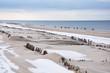 canvas print picture - Strandwanderung im Winter auf Sylt