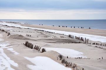 Strandwanderung im Winter auf Sylt