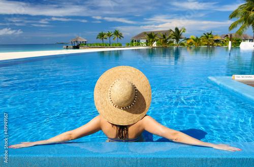 Fototapeten,hustet,frau,pool,weiblich