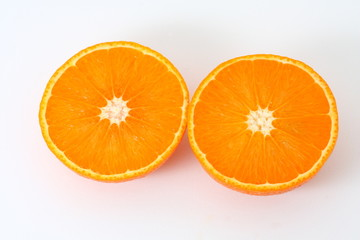 naranja partida por la mitad
