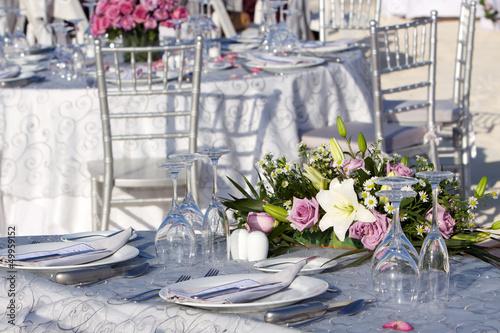 canvas print picture Tavolo con composizione floreale per matrimonio