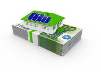 Ein Haus mit einer Solaranlage auf einem Büdel 100€ Scheinen
