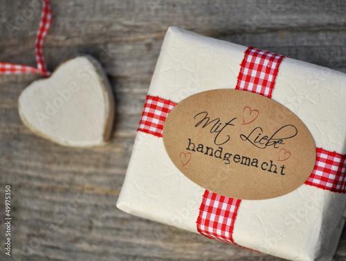 Geschenk - Mit Liebe handgemacht
