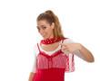 Junge Frau wirbt für etwas - in Rot und Weiß isoliert