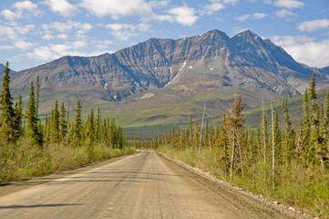 Dalton Highway, polar region in Alaska (USA)