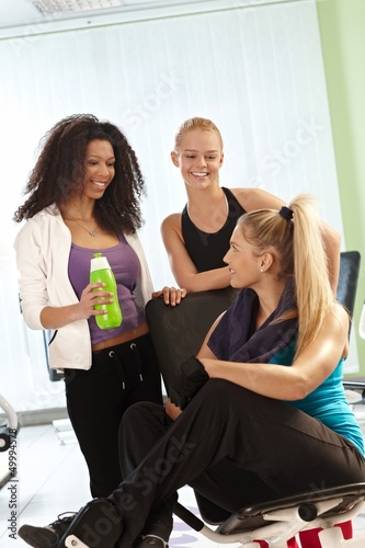 Girls talking at the gym