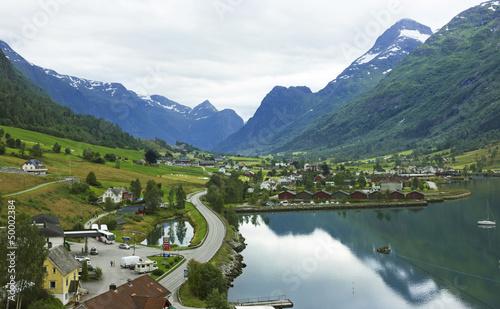 Staande foto Scandinavië Norwegian village Olden