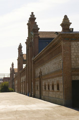 naves del antiguo matadero de Madrid, España