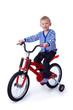 Kleinkind sitzt auf dem Fahrrad
