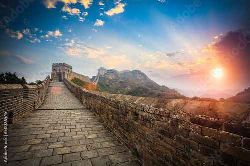 Fototapeta the great wall with sunset glow
