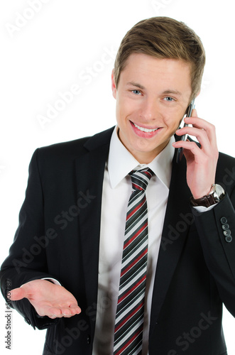 entspannter geschäftsmann telefoniert