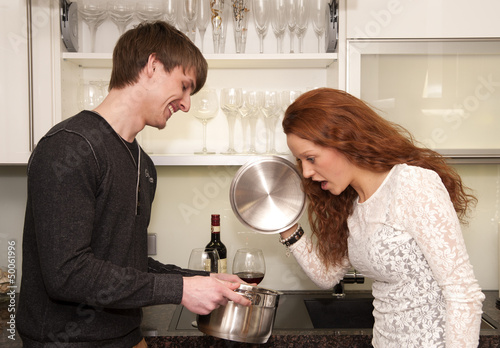 Paar bei Kochen