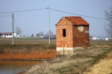 edificio in acqua