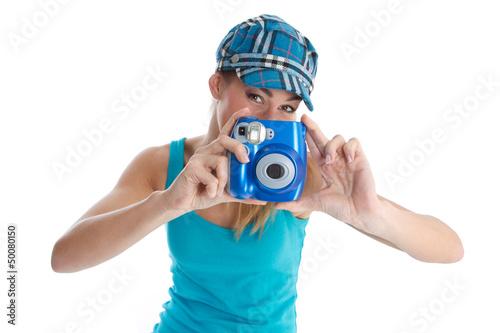 Urlaubsfoto - Fotograf weiblich mit Sofortbildkamera
